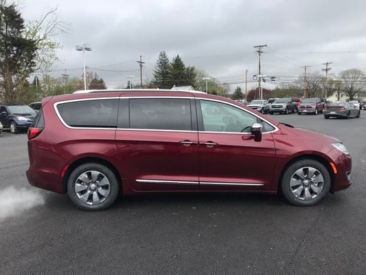 2018 Chrysler Pacifica Hybrid Limited In Thurmont Md Criswell Cdjr Of