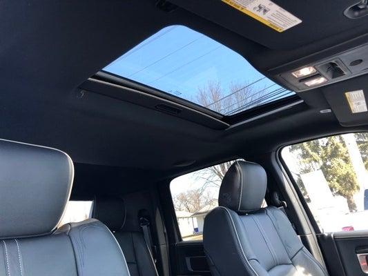 2018 RAM 3500 LIMITED MEGA CAB® 4X4 6'4 BOX